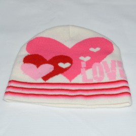 Wooly heart hat 2-3 years