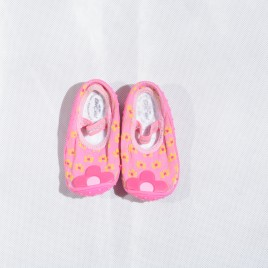Bical grippers water shoes pink 12-15 months