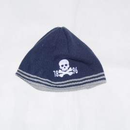 Navy winter hat 4-5 years