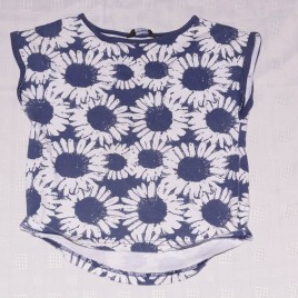 Navy & white flowers t-shirt 4-5 years