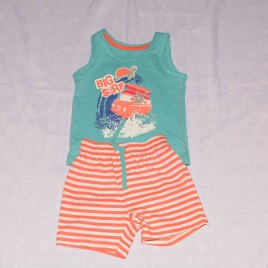 New Mothercare t-shirt & shorts outfit 18-24 months