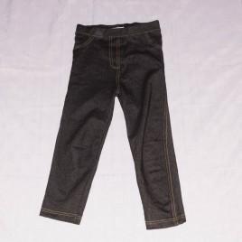 Black leggings 5-6 years (measure the same as age 5 years)