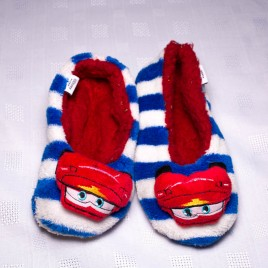 Lightening McQueen slippers 4-5 years