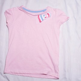 Pink t-shirt 3-4 years