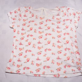 White flowers t-shirt 2-3 years