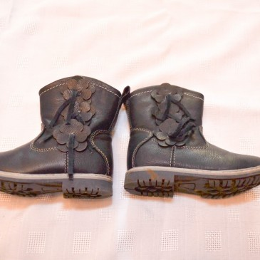 Navy boots size 6