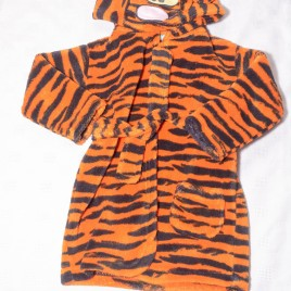 Tigger dressing gown 6-12 months