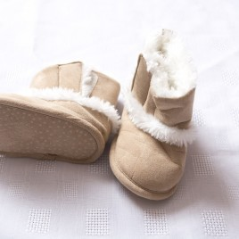 Stone fluffy boots 9-12 months