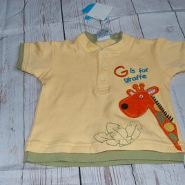 New with tags yellow giraffe t-shirt 6-12 months