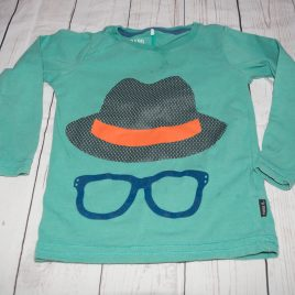 Green hat & glasses top 2-3 years