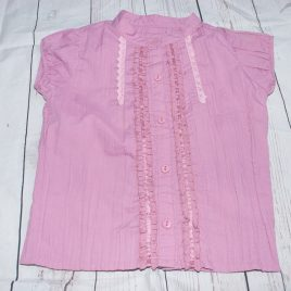 Pink short sleeved shirt 4-5 years