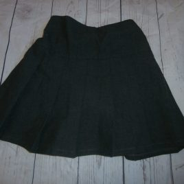 M&S pleated grey school skirt 4-5 years