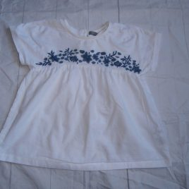 Next white embroidered t-shirt  4-5 years