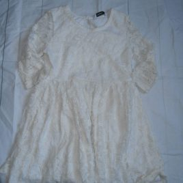 Off white lace dress 4-5 years