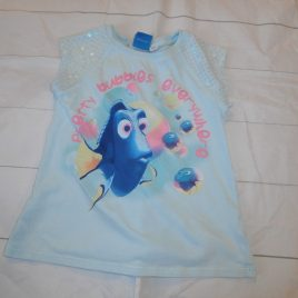 Disney Finding Dory t-shirt 4-5 years
