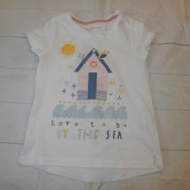 Beach hut t-shirt 4-5 years