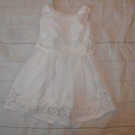 Off white dress 4-5 years
