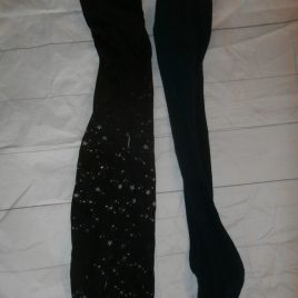 x2 pairs of tights, navy & black with stars 2-3 years