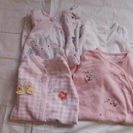 x4 0-3 sleepsuits