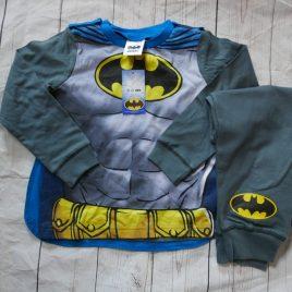 NEW Batman pyjamas with detachable cape 2-3 years