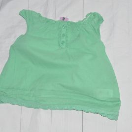 Green vest top t-shirt 2-3 years