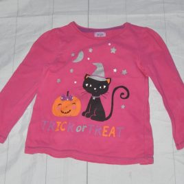 Pink 'Tick or treat' top 2-3 years