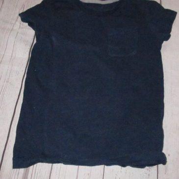 Navy t-shirt 3-4 years